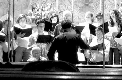 The American Radio Choir performing a contemporary American composer's work